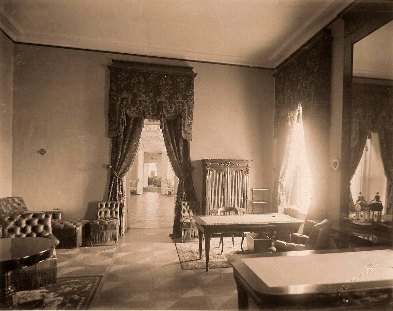 Вид анфилады жилых покоев Петровского путевого дворца