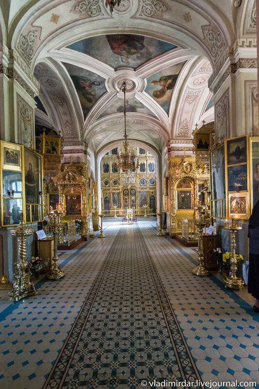 Храм иконы Божьей Матери Знамение в Переяславской Слободе