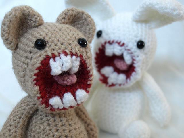 Maffers-Walker-peluches-gore-01.jpg