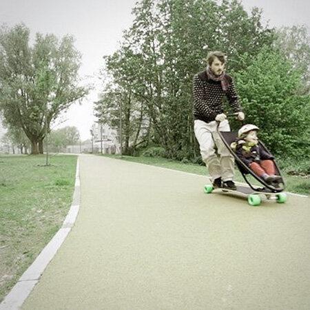Необычная коляска для малышей и родителей