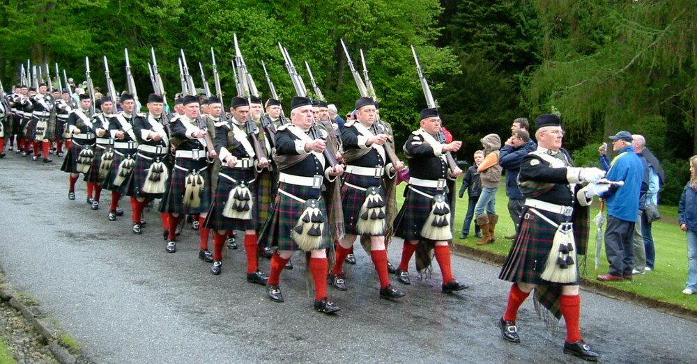 atholl-highlanders_resize.jpg