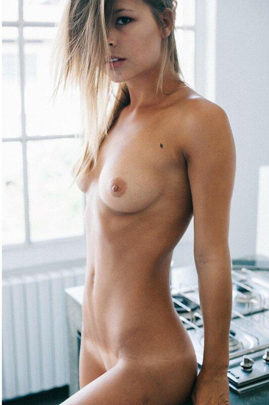 Marisa Papen by Emanuele Ferrari