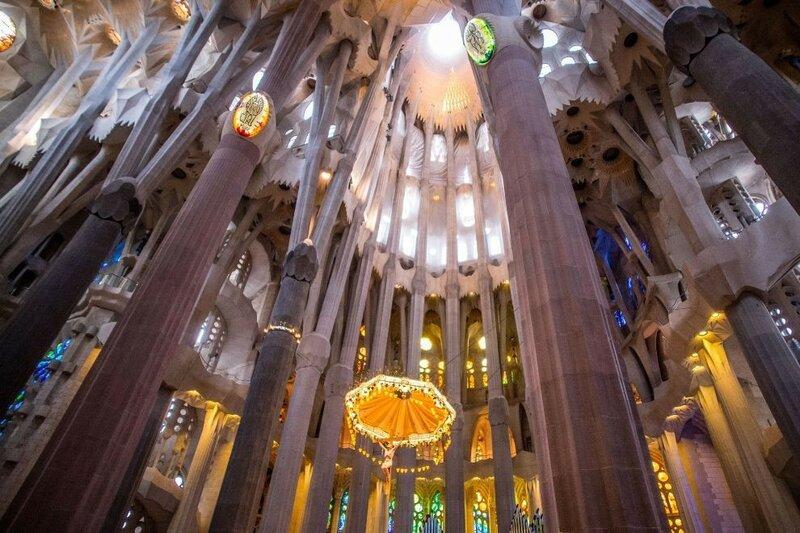 Все светильники уже работают. (Фото: GETTY IMAGES/David Ramos).