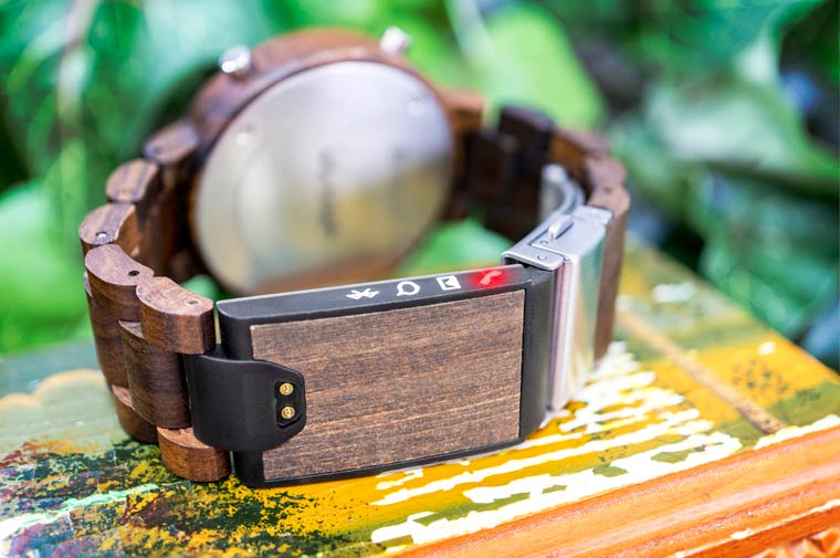 Win two Tokyoflash Kisai Link smartwatches with UFUNK!