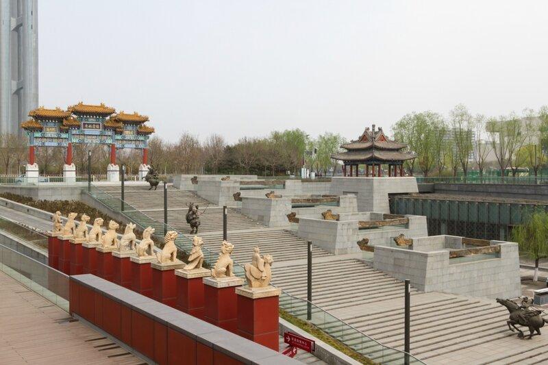 Композиция в классическом китайском стиле, Олимпийский парк, Пекин