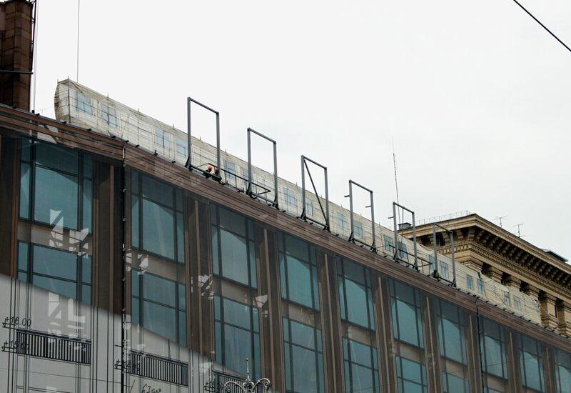 Фальшивый фасад ЦУМ
