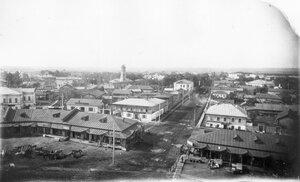 Вид с Преображенского собора на улицу Никольскую