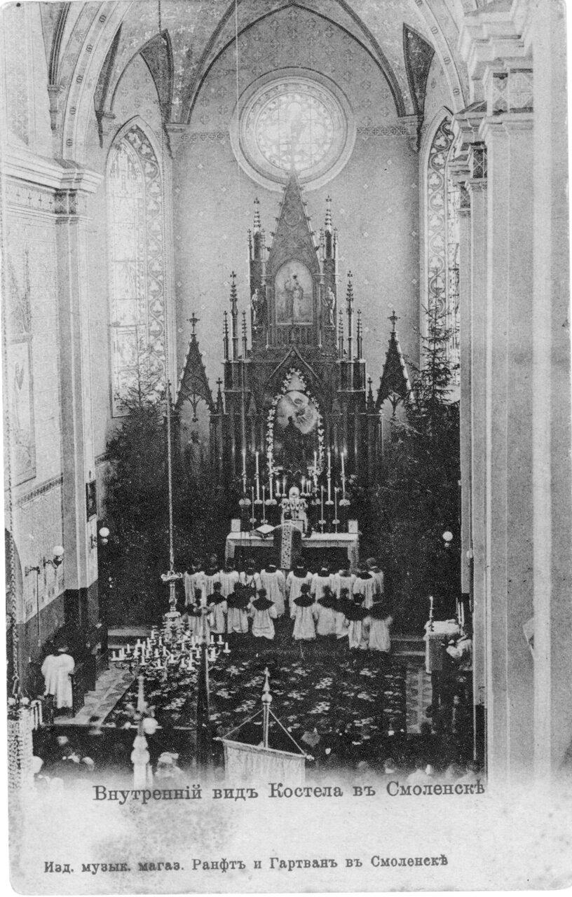 Внутренний вид костела