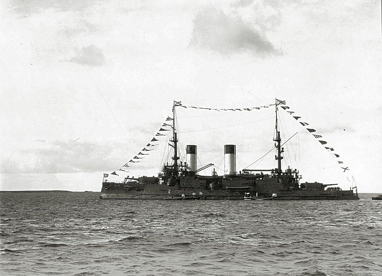 11. Эскадренный броненосец «Князь Суворов» на Ревельском рейде, 26 сентября 1904 г.