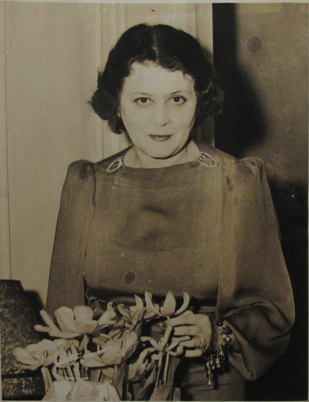 1939.Теда Бара, бывшая женщина-вамп