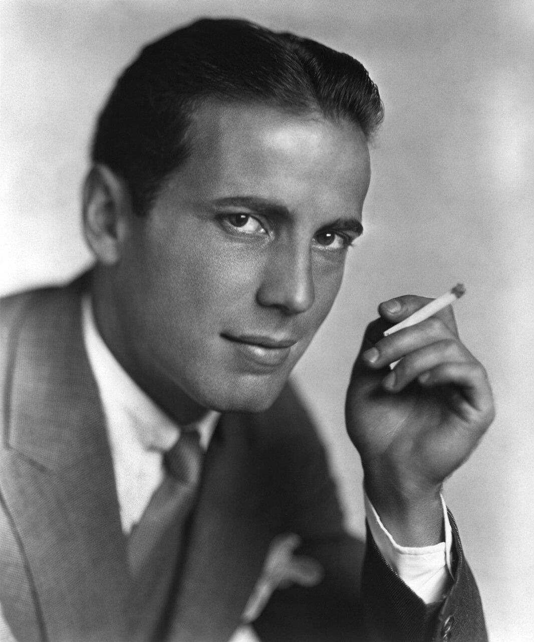 Хамфри Богарт в 1930