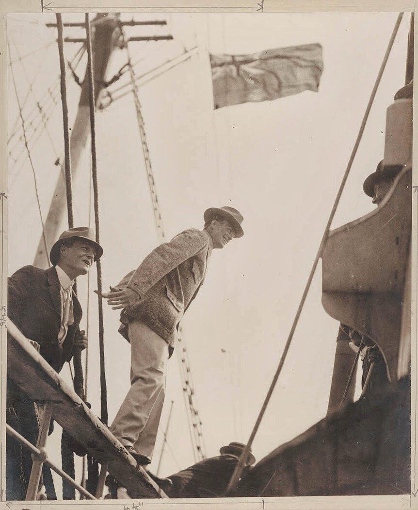 Мэдиган переходит на борт Авроры, 1911-1914