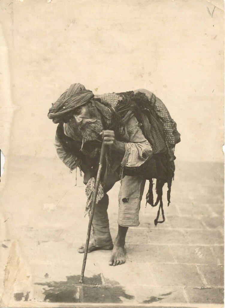 A beggar in Tehran. Antoine Sévruguin, c. 1900