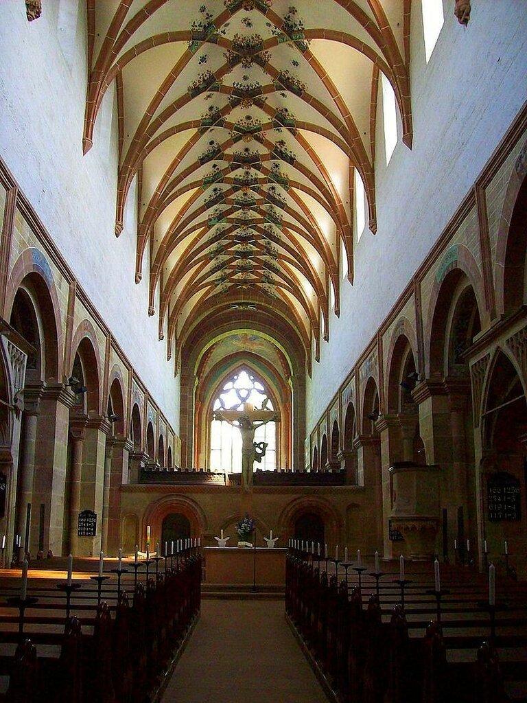 Abbey_church_Maulbronn_nave_and_arcades.JPG
