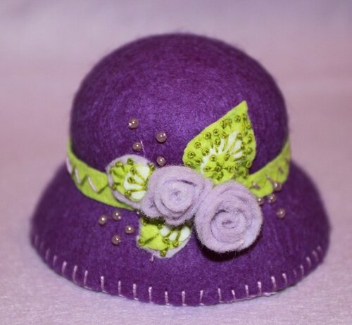 Шляпка для куклы из фетра