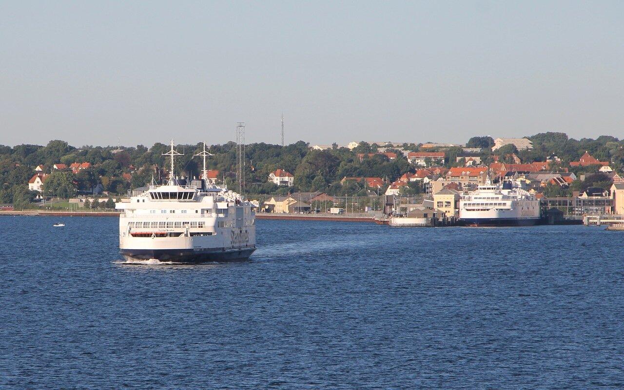 Паром, Ferry. пролив Эресунн, Öresund