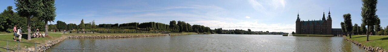 Замок Фредериксборг, парк. Frederiksborg Slot Gardens , panorama