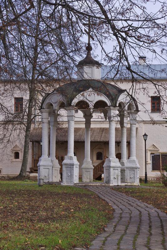 Киворий в Спасо-Ефимиевом монастыре