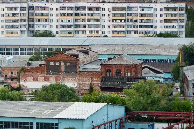Старинные копруса шерстомойной фабрики Соловьевых (Консервный комбинат) Фото Sanchess, 2012