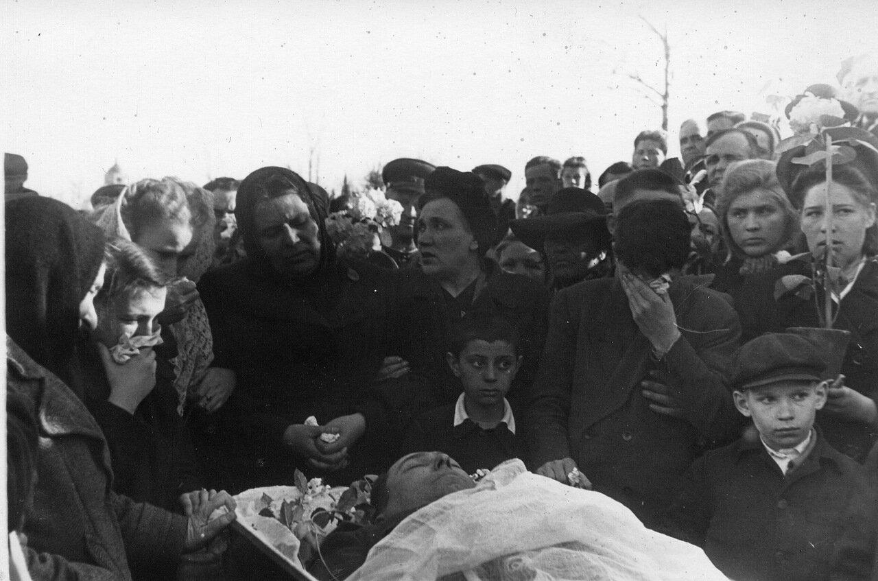 Похороны Александра Матвеевича Шмелева. Апрель 1951 г..