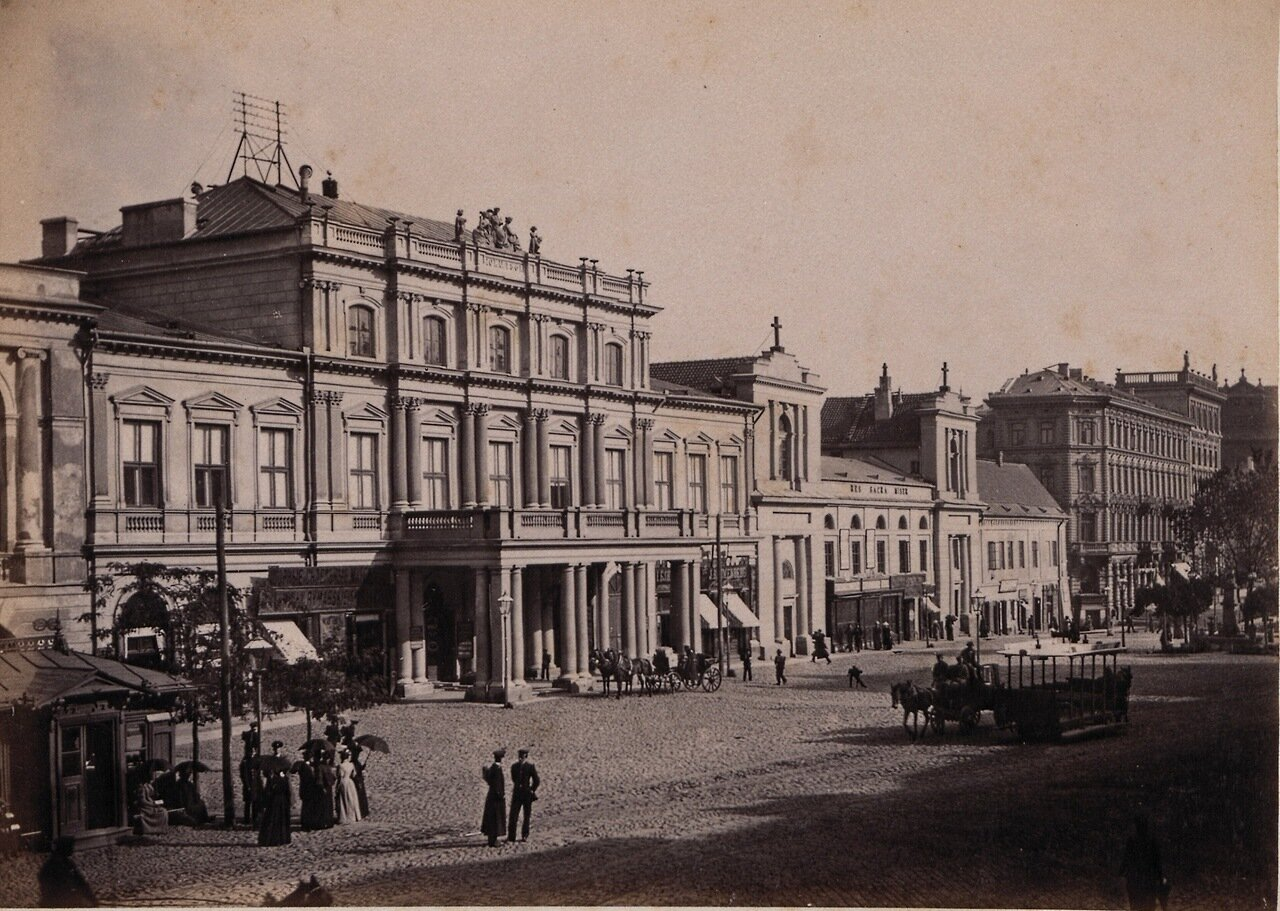 Улица города 1880-е