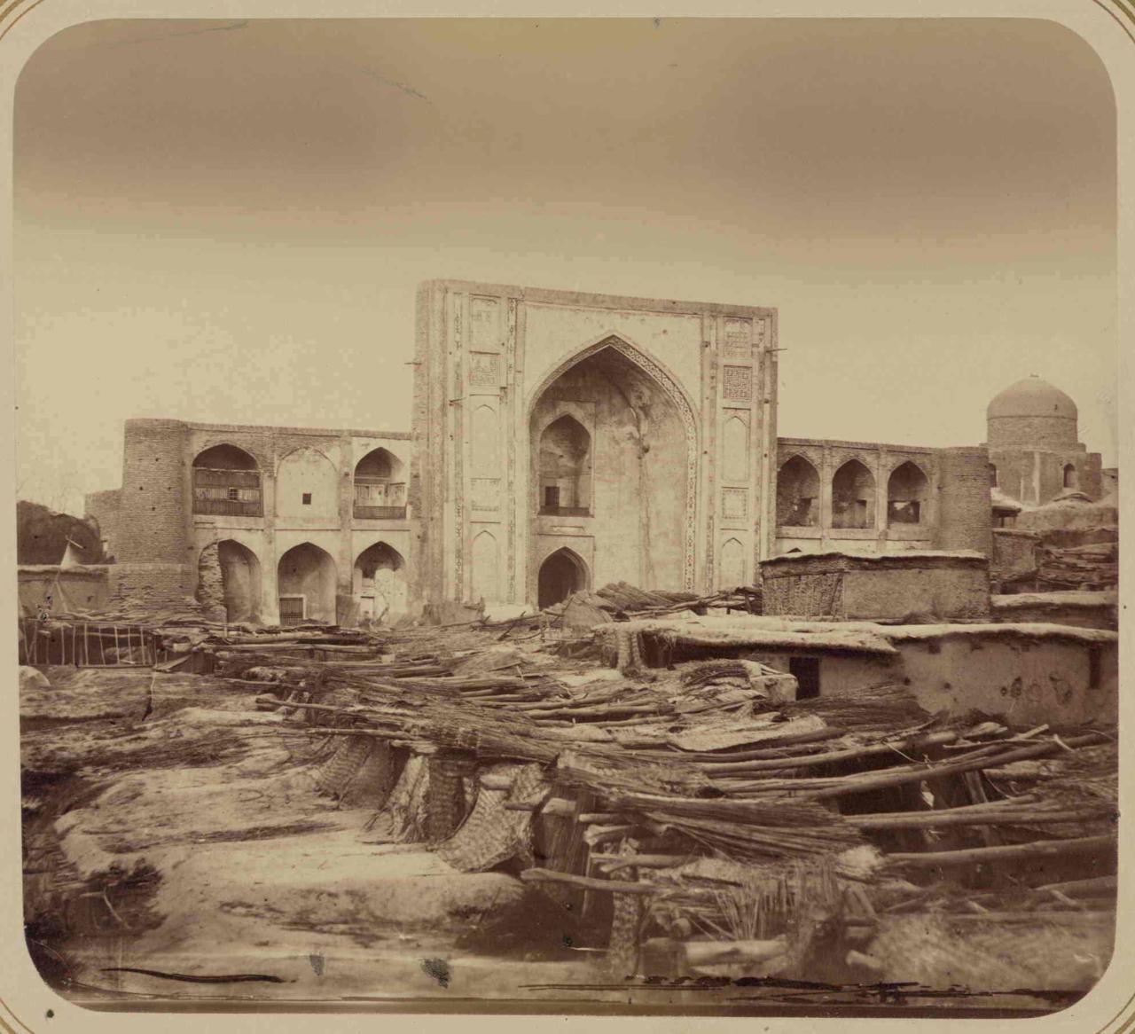 Медресе Кукельдаш, построенное Барак-ханом
