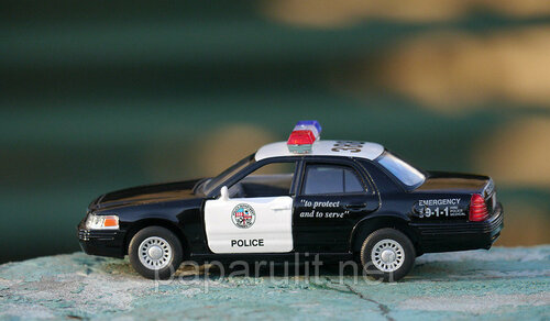 Kinsmart Ford Crown Victoria Police