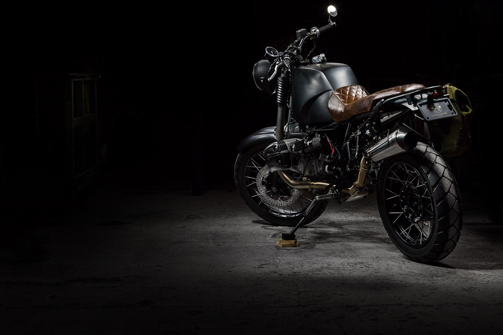 Whitcraft Services: кастом BMW R1150 Adventure