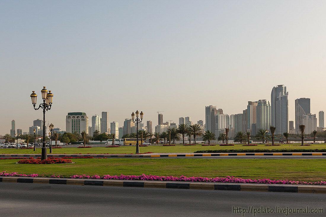 Аль Маджаз лагуна Халид шарджа ОАЭ sharjah UAE