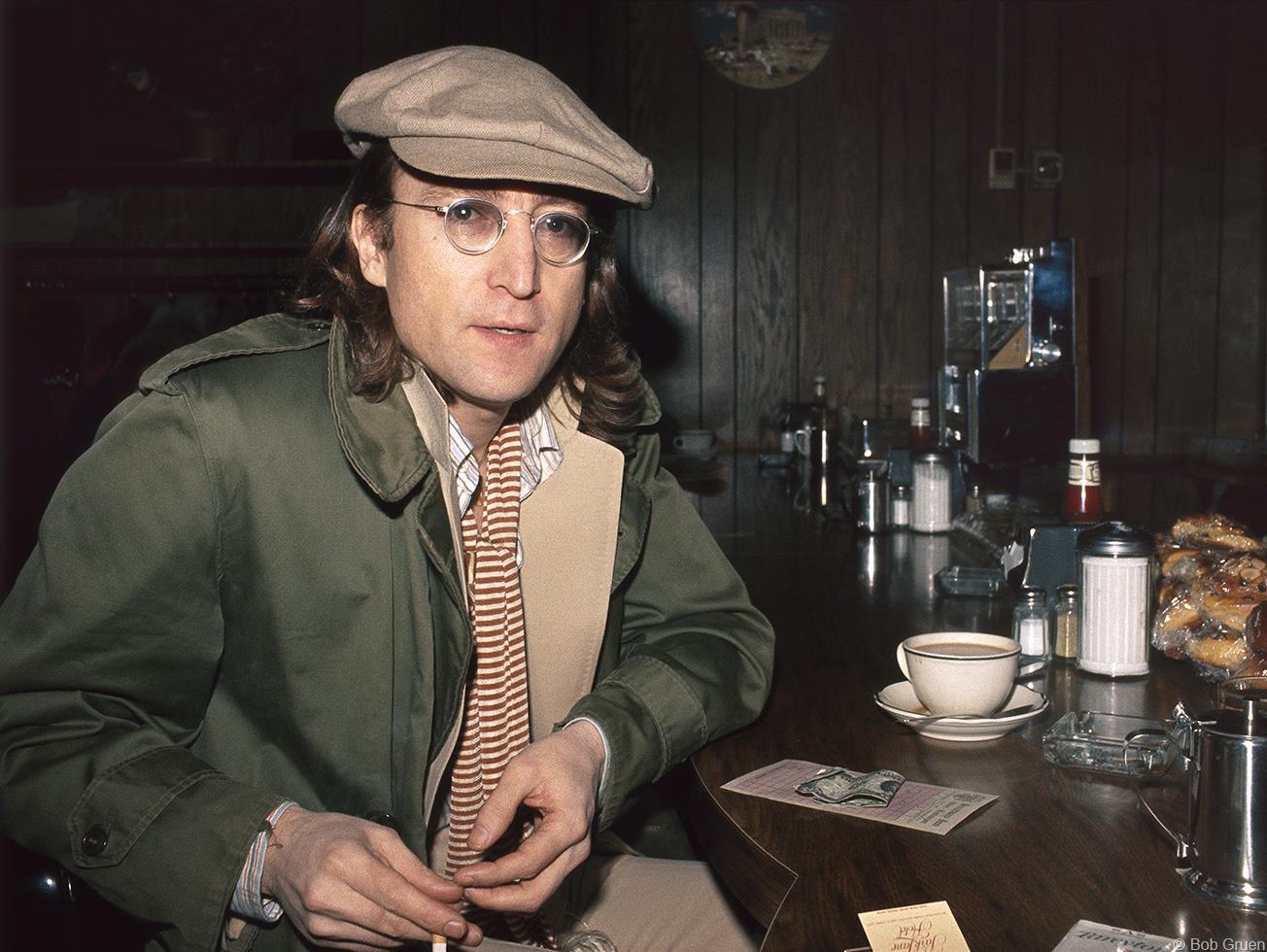 1975. Джон Леннон