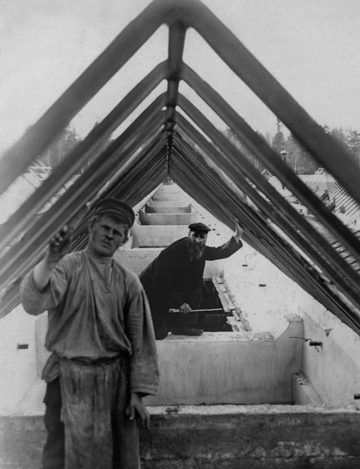 1907. Изготовление арматуры для установки стеклянных фонарей