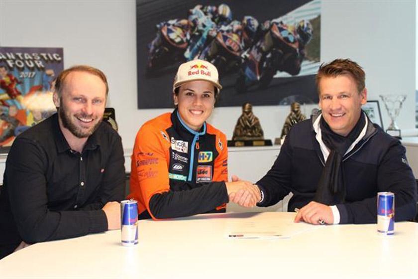 Лайа Санс подписала новый контракт с KTM