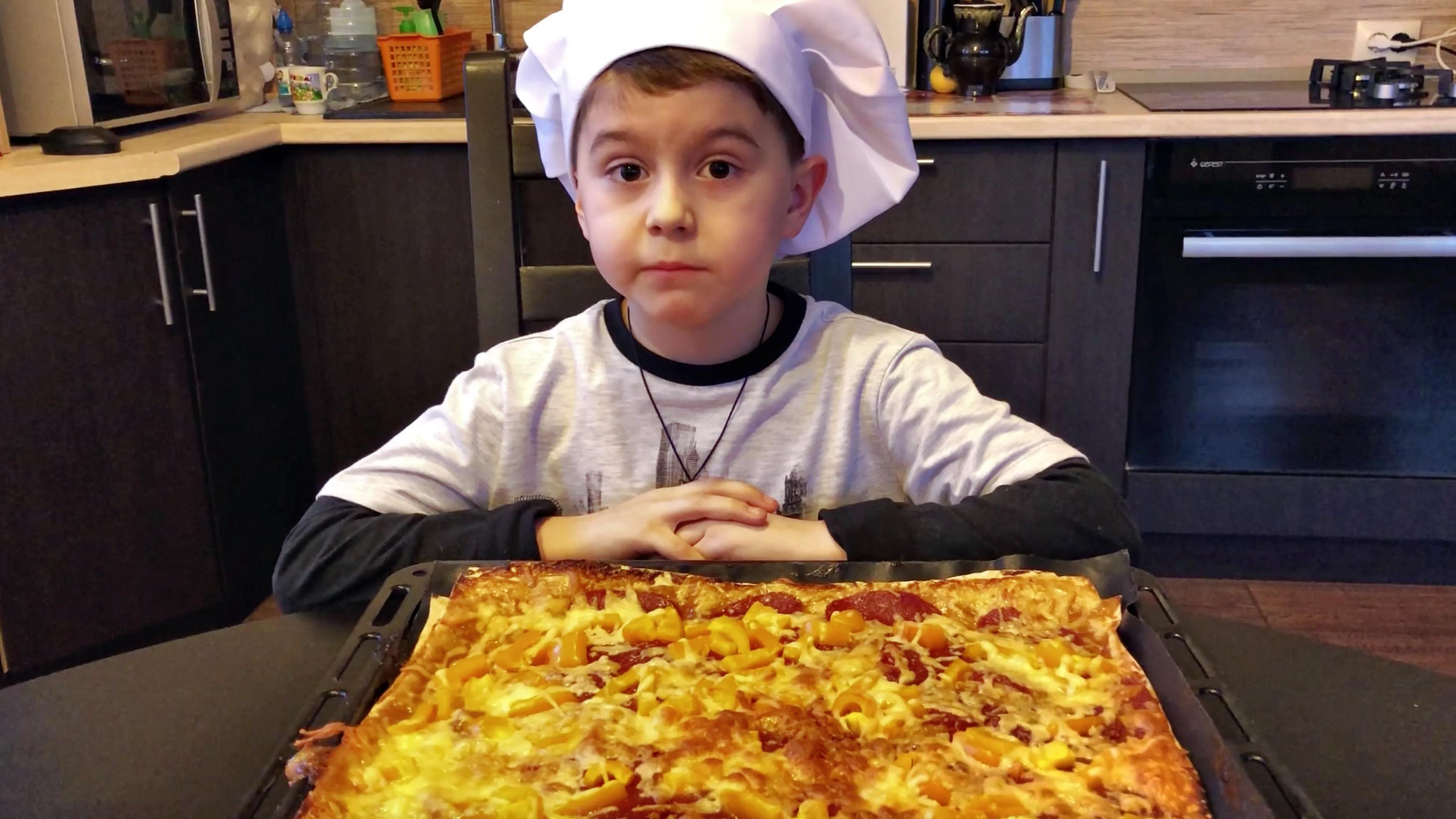 Лёгкая и быстрая а-ля пицца на лаваше