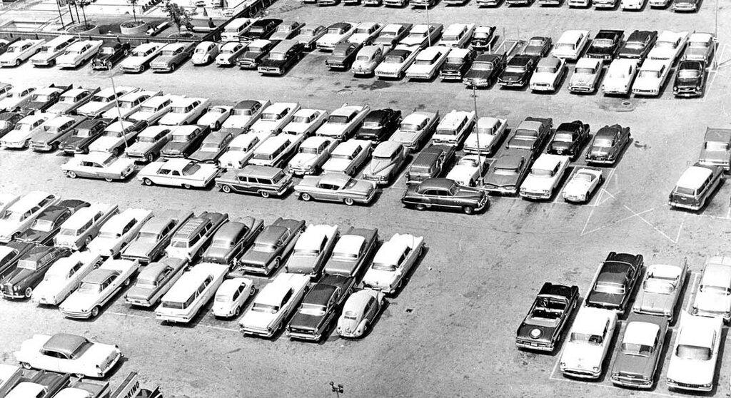 Downtown-Philladelphia-Parking-Lot-1950s-Cars.jpg