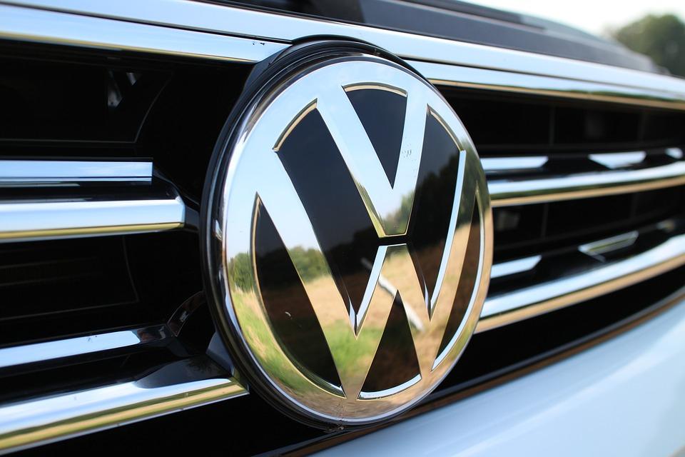 В России отзывают почти 110 тысяч автомобилей Volkswagen