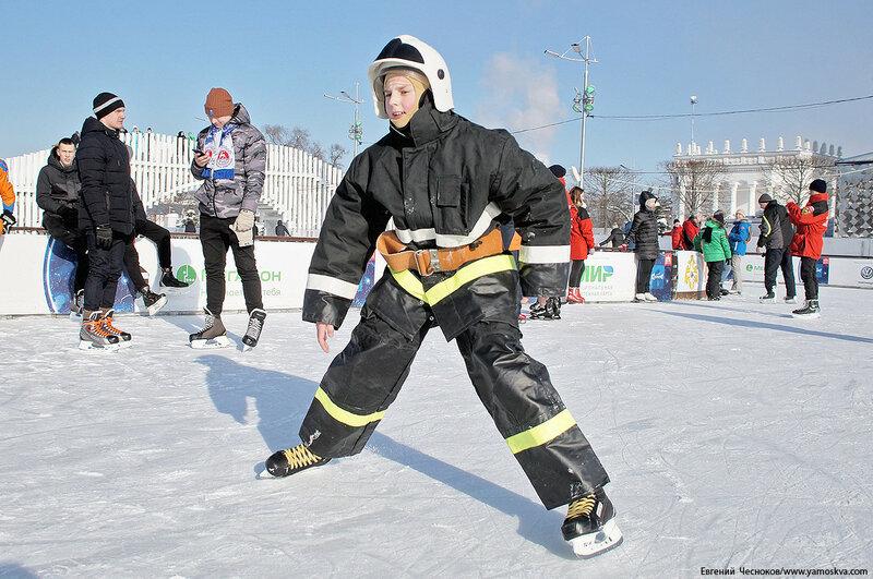 ВДНХ. Флэшмоб пожарных. 24.02.18.04..jpg