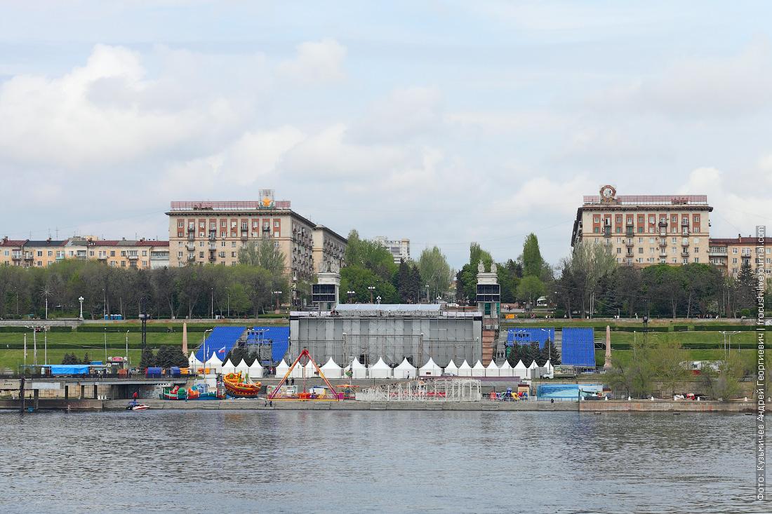 аттракционы на набережной Волгограда