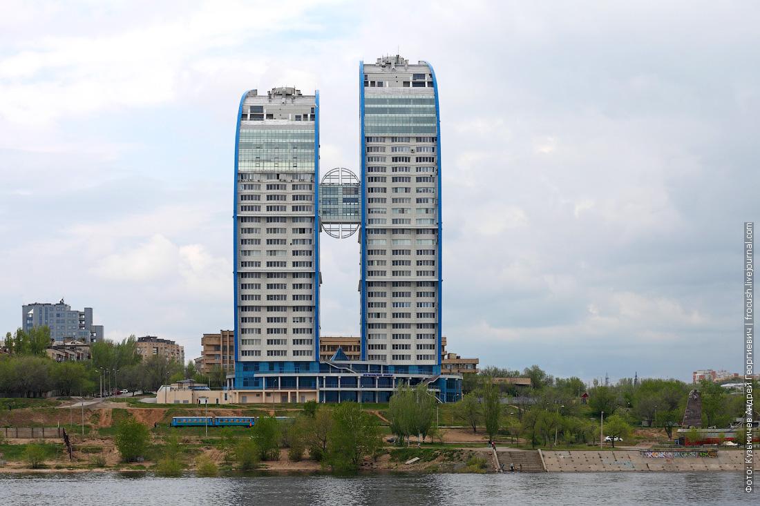 Волгоград. Жилой комплекс «Волжские паруса»