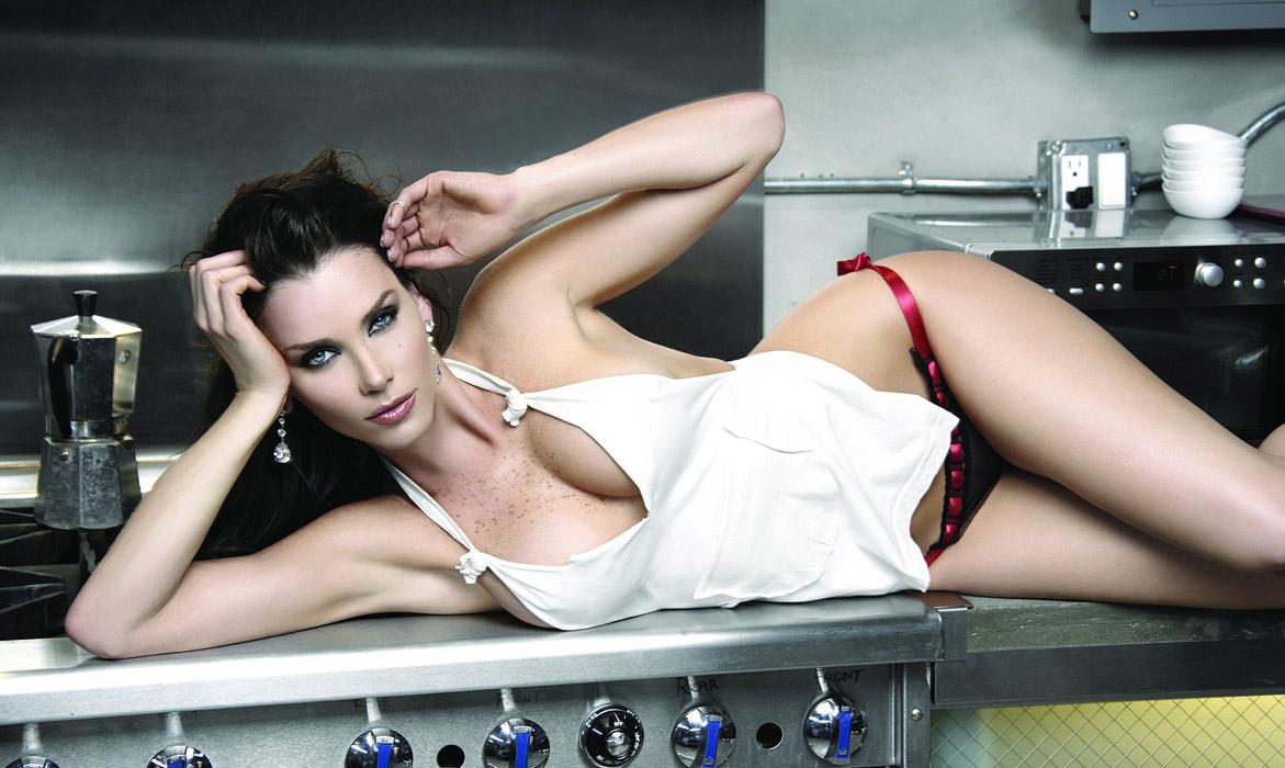 Секс на кухне в гостях, Порно на Кухне, смотреть видео Секс на Кухне 4 фотография