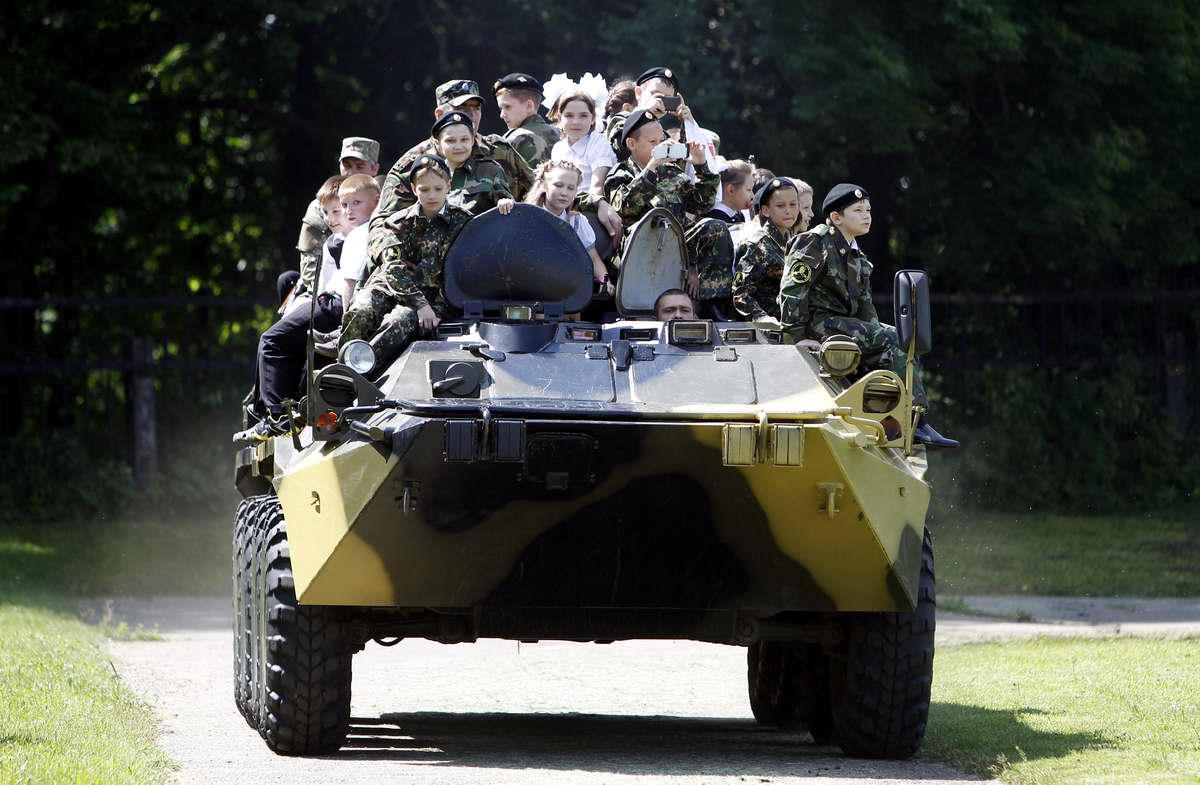 Последний звонок в Ставропольской кадетской школе (2)
