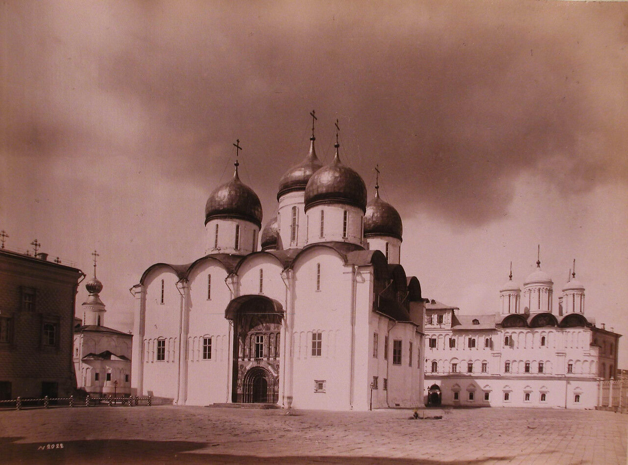 Вид Успенского собора в Кремле