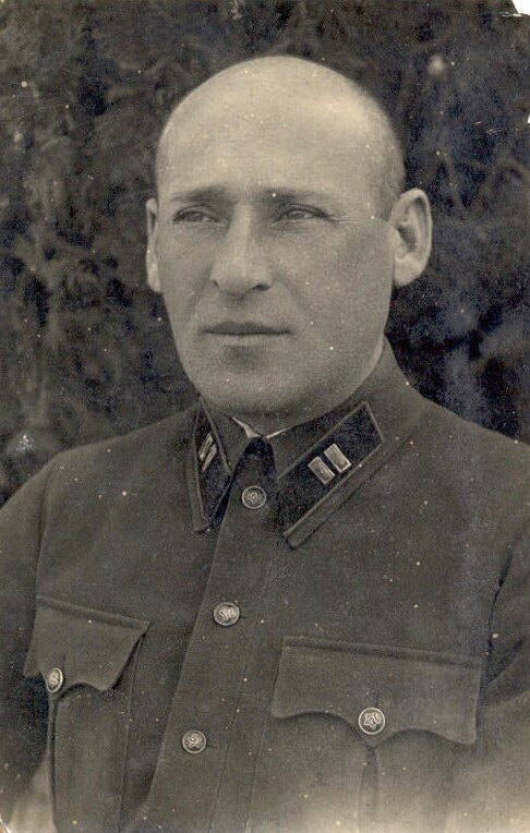 Portrait of a Major of the Red Army, Yevpatoria, c. 1930's. Photo by the studio of I. Korbut.