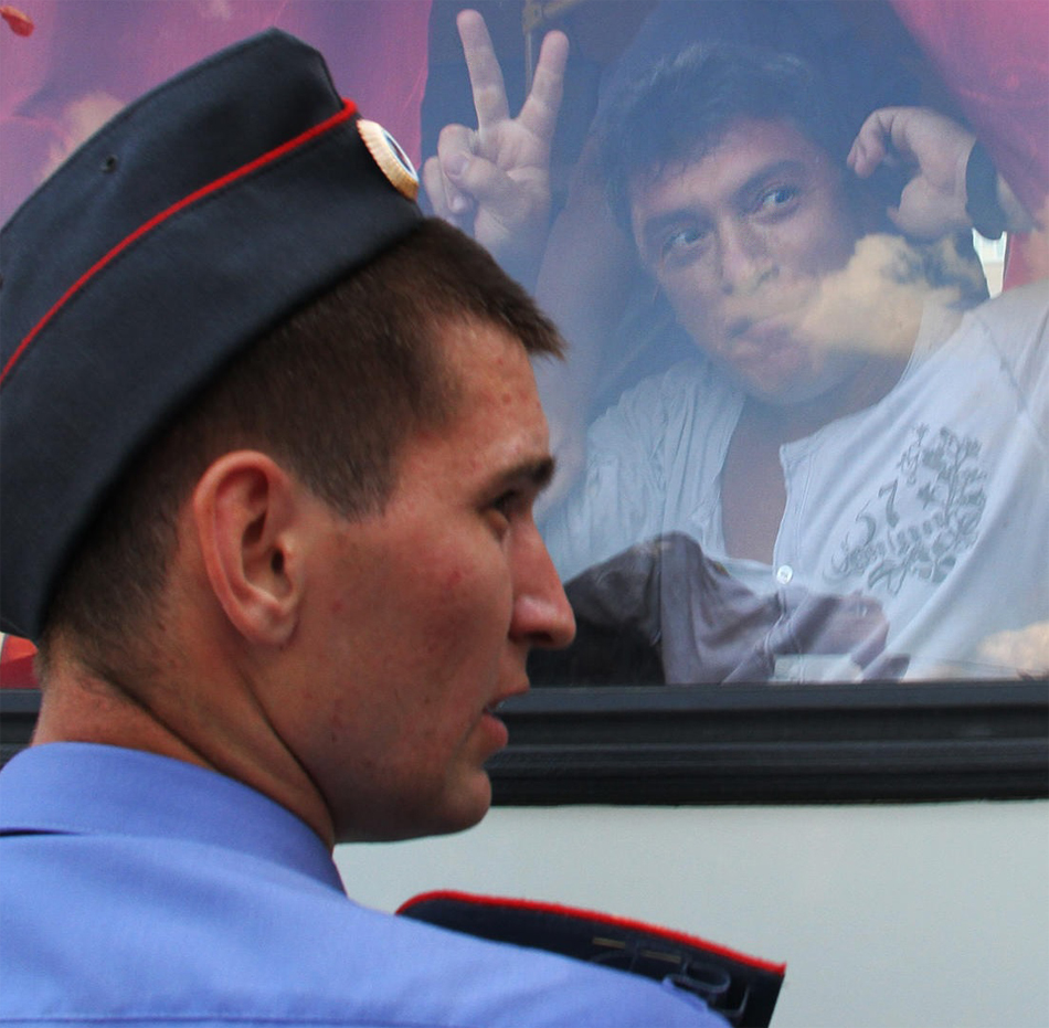 Nemtsov is detained at an opposition rally in Moscow's Triumfalnaya Square, August 2, 2010.Photo_Anton Novoderezhkin__TASS__Scanpix.