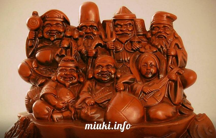 Японские новогодние религиозные церемонии
