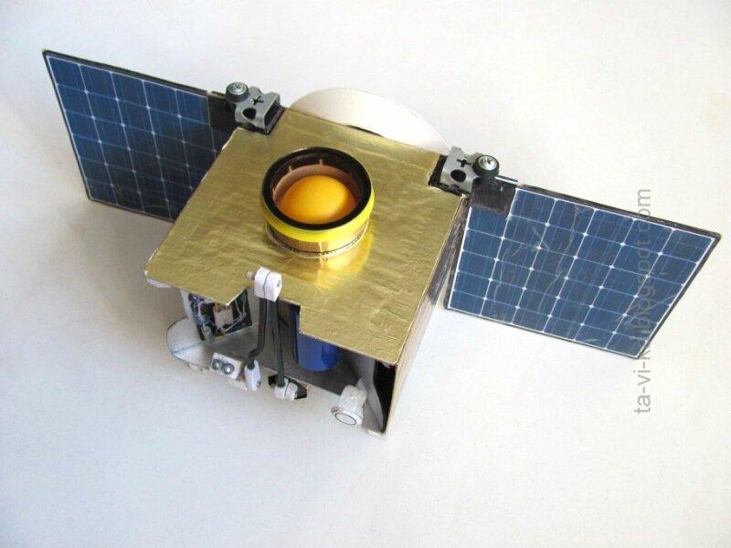 OSIRIS-REx макет