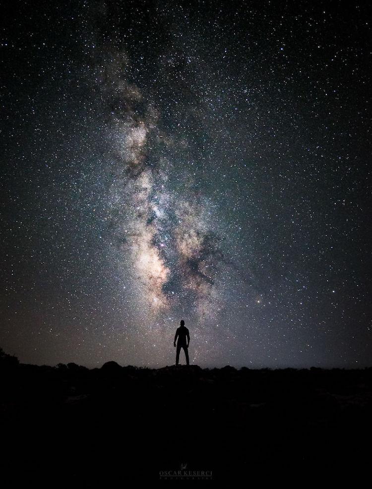 Оскар Кесерчи бродит под звездами и делает завораживающие кадры