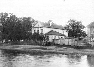 Вид части берега Ладожского канала.