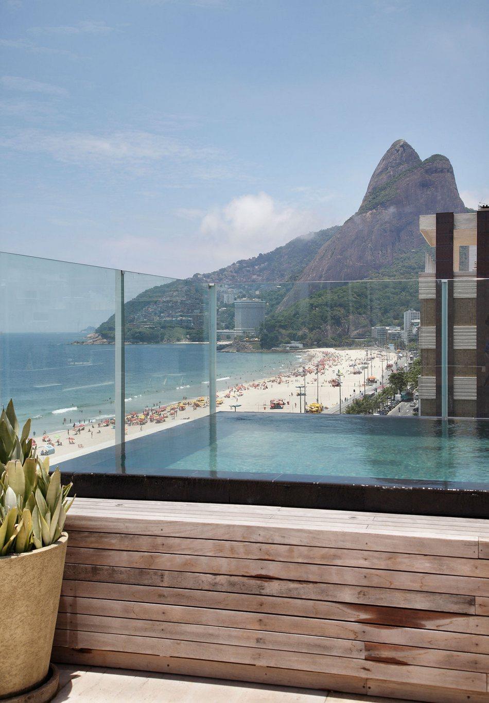 Вилла с видом на пляж в Рио-де-Жанейро