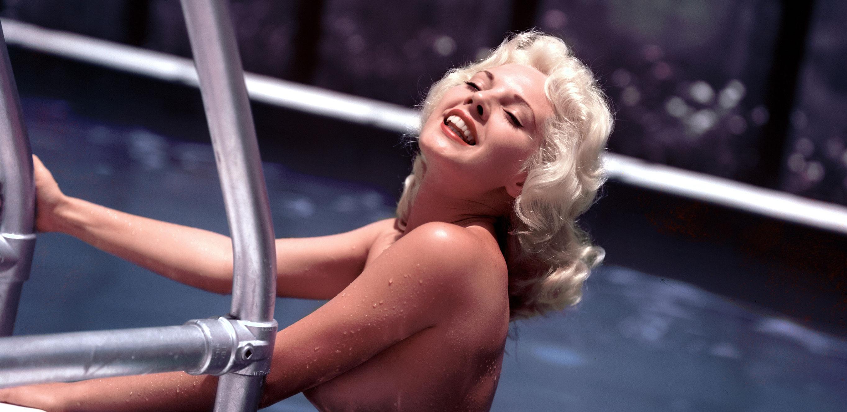 Playboy Playmate - Miss December 1956 | Lisa Winters / Лайза Винтерс