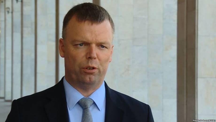 Представитель ОБСЕ Гуґ проведет неформальную встречу с жителями Донецка